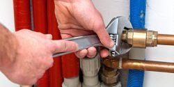 Repair pools and spas leaks